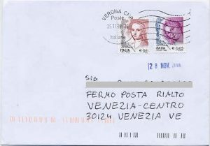 Learn Italian passato prossimo with our online Italian language lesson: at the post office
